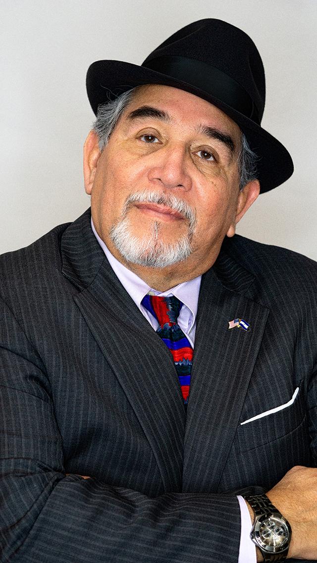 Carlos Solorzano